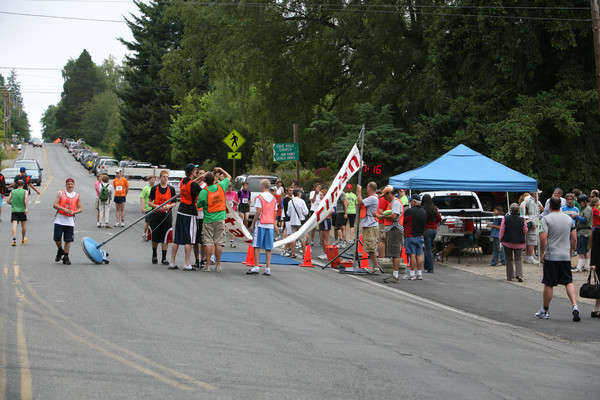 7689 Bill Burby 5k-10k race 2009