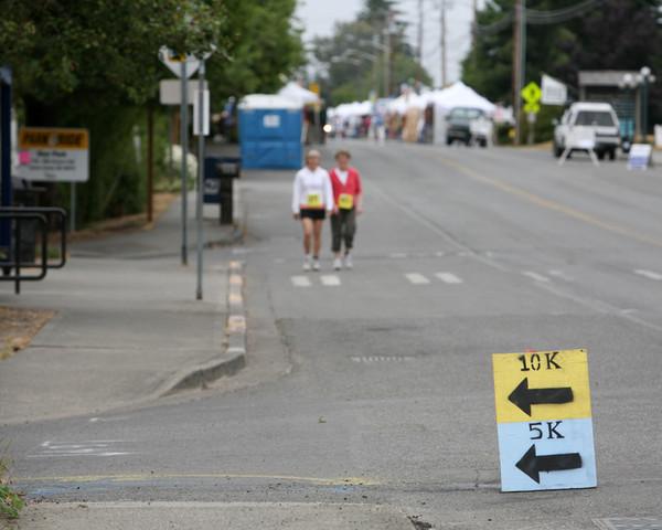 7694 Bill Burby 5k-10k race 2009