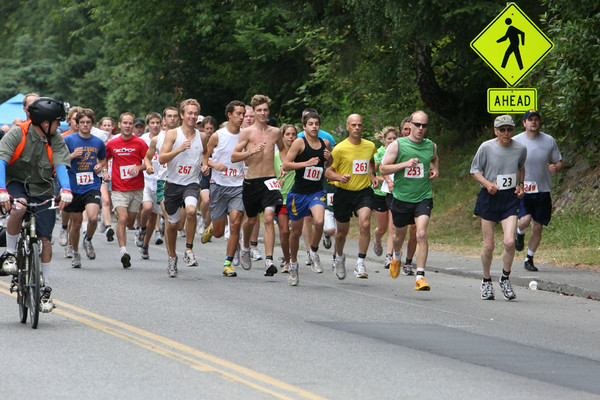 7749_Bill_Burby_5k-10k_race_2009