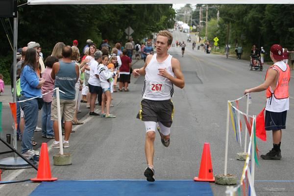 7821 Bill Burby 5k-10k race 2009