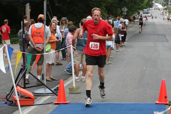 7843 Bill Burby 5k-10k race 2009