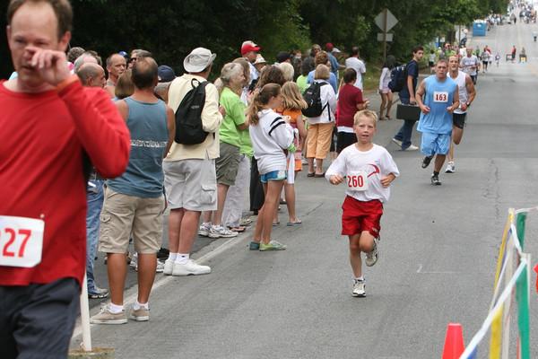 7866 Bill Burby 5k-10k race 2009