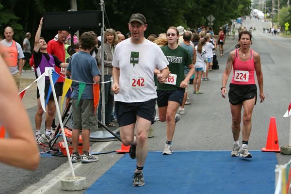 7935 Bill Burby 5k-10k race 2009