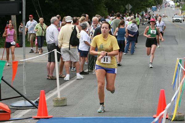 8018 Bill Burby 5k-10k race 2009