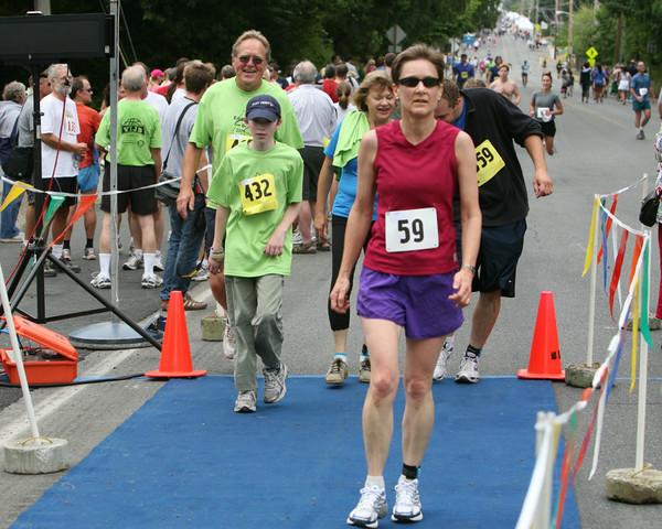 8075 Bill Burby 5k-10k race 2009
