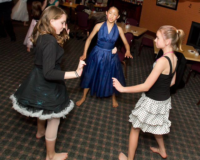1350_Father-Daughter_Dance_2011_candids