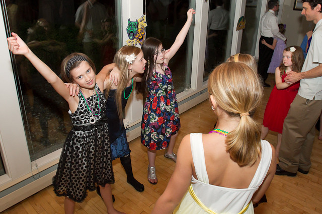 1394_Father-Daughter_Dance_2011_candids