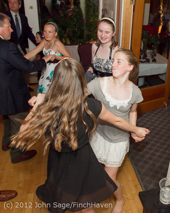 2784_Father-Daughter_Dance_2012_candids