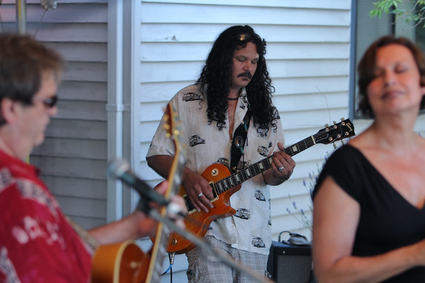 3567_Radio_Daddyo_at_Ober_Park_2010