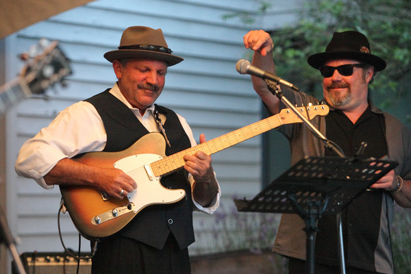 4097_Tom_Bean_Blues_at_Ober_Park_2010