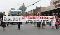 5723a Grand Parade Strawberry Festival 2010