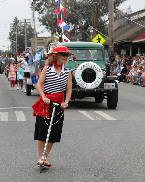 5903 Grand Parade Strawberry Festival 2010