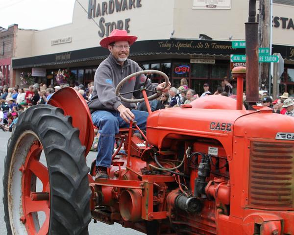 5949 Grand Parade Strawberry Festival 2010