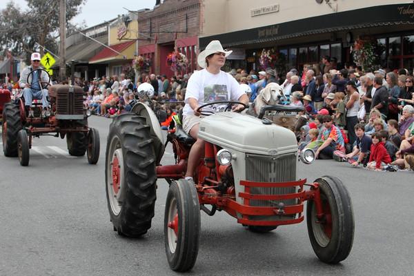 5958 Grand Parade Strawberry Festival 2010