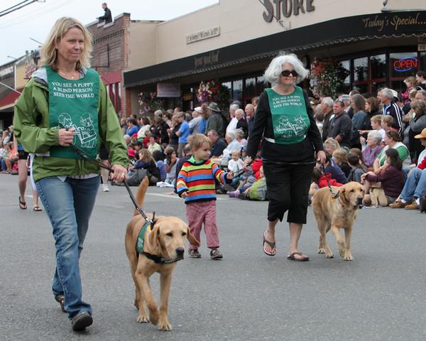 6071 Grand Parade Strawberry Festival 2010