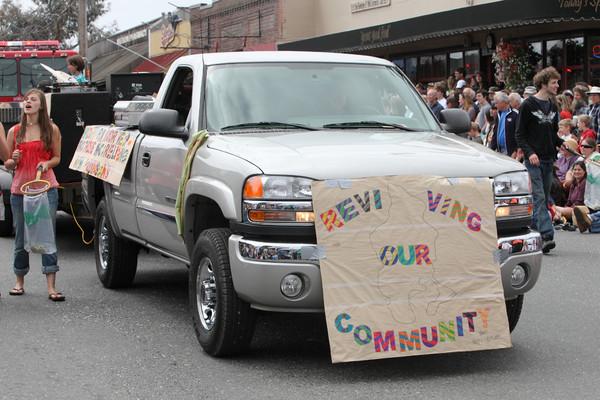 6593 Grand Parade Strawberry Festival 2010