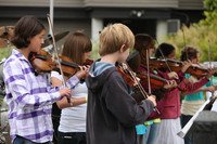 8076 Vashon Youth String Orchestra at the Green Stage 2010
