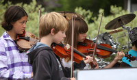 8077 Vashon Youth String Orchestra at the Green Stage 2010