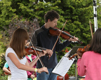 8098 Vashon Youth String Orchestra at the Green Stage 2010