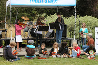 8105 Vashon Youth String Orchestra at the Green Stage 2010