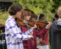 8138 Vashon Youth String Orchestra at the Green Stage 2010
