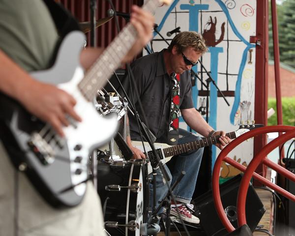 8718 Murgatroyd at Pandoras Box 2010
