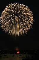 8134 July 4th fireworks 2006
