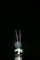 8187 July 4th fireworks 2006