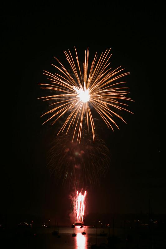8165 July 4th fireworks
