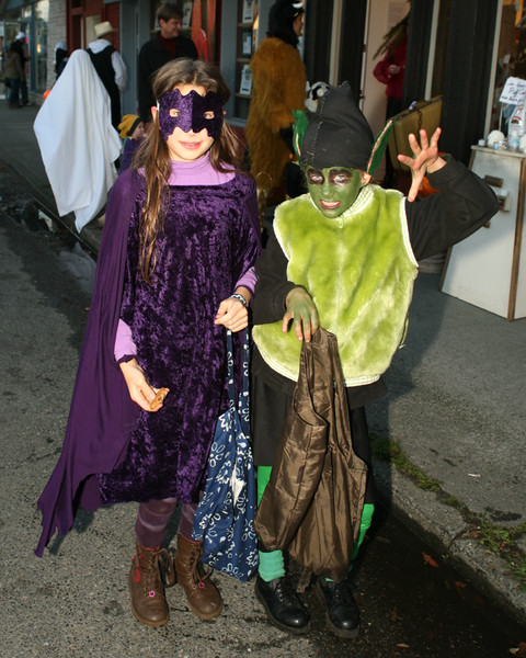 19669_Halloween_on_Vashon_2009