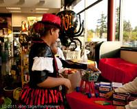 6086 Halloween on Vashon 2011