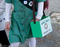 6124-b Halloween on Vashon 2011