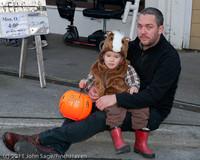 6172 Halloween on Vashon 2011