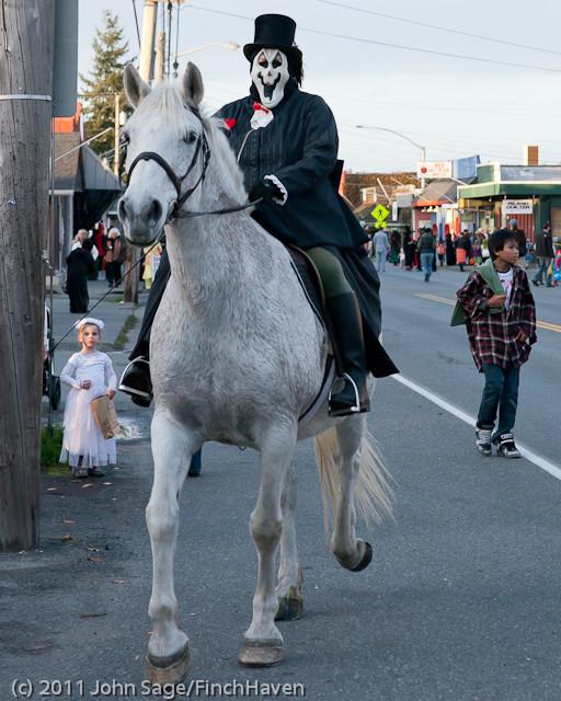 6210 Halloween on Vashon 2011