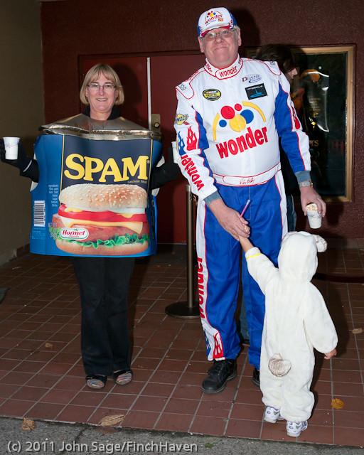6234 Halloween on Vashon 2011