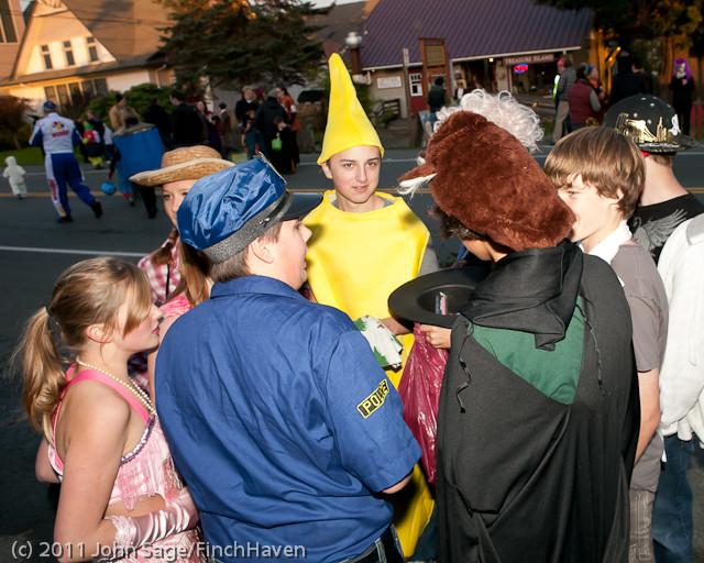 6245 Halloween on Vashon 2011