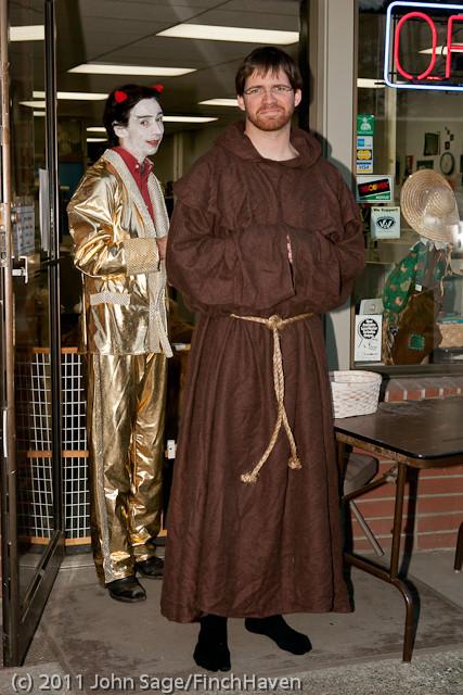 6279 Halloween on Vashon 2011
