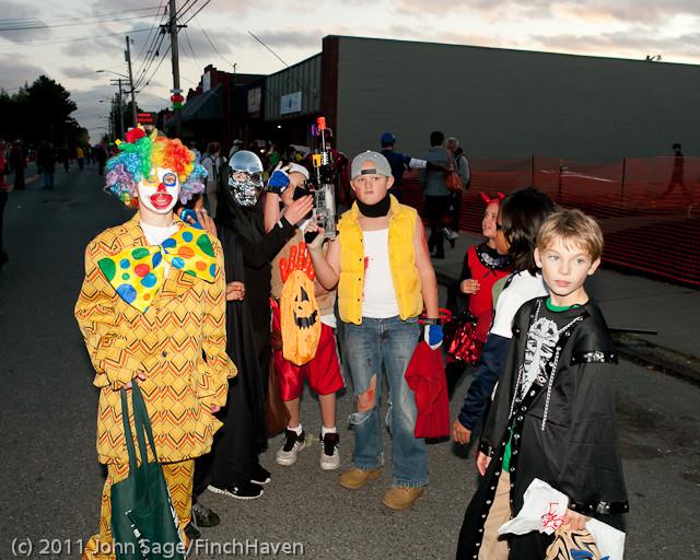 6291 Halloween on Vashon 2011