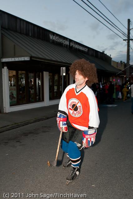 6292 Halloween on Vashon 2011