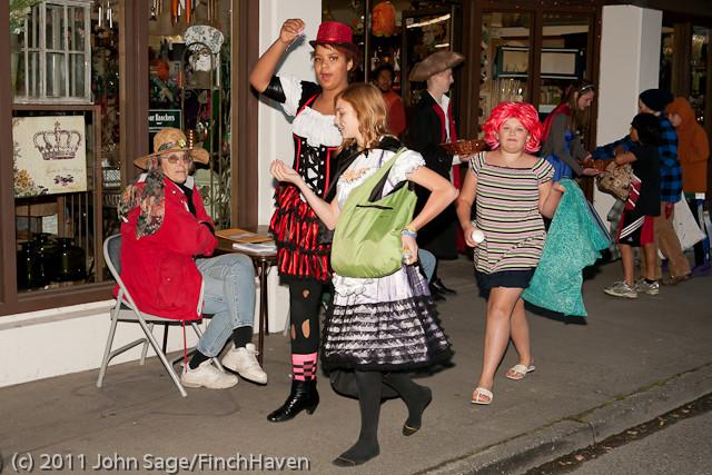 6293 Halloween on Vashon 2011