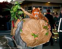 6319 Halloween on Vashon 2011