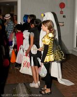 6339 Halloween on Vashon 2011