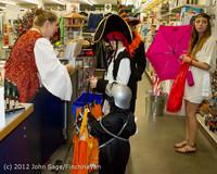 7073 Halloween on Vashon Island 2012