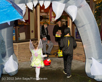 7087 Halloween on Vashon Island 2012