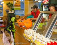 7089 Halloween on Vashon Island 2012