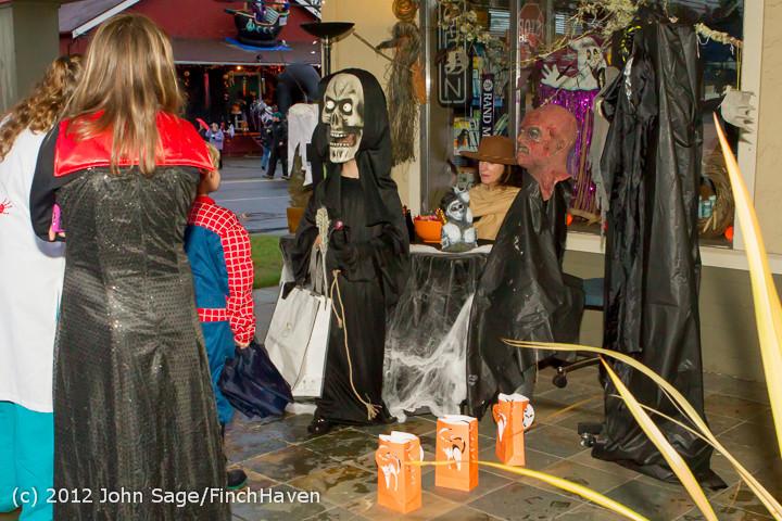 7131_Halloween_on_Vashon_Island_2012