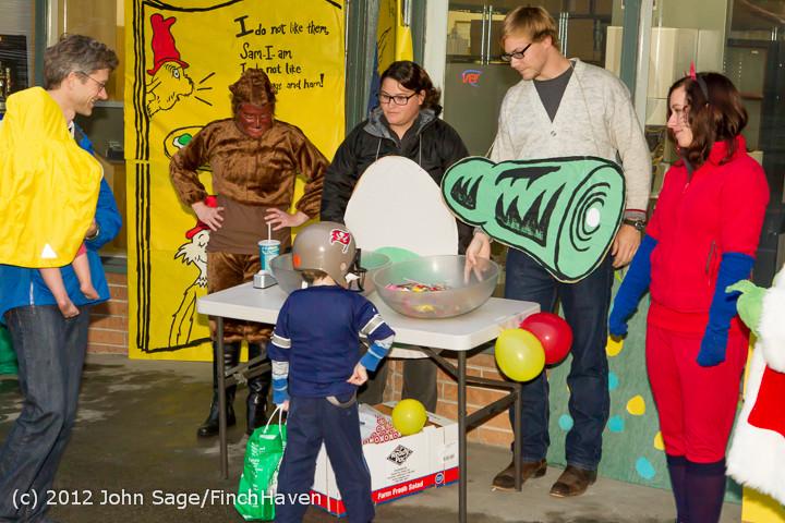 7146 Halloween on Vashon Island 2012