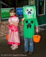 7163 Halloween on Vashon Island 2012