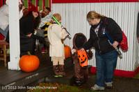 7338 Halloween on Vashon Island 2012