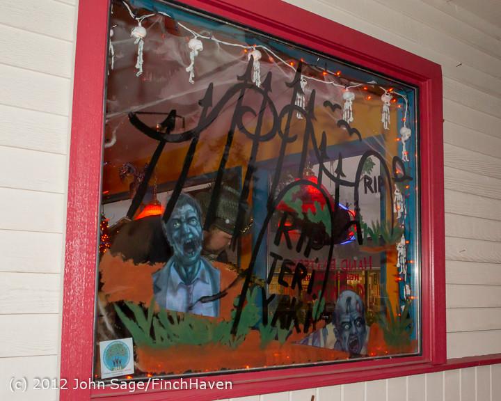 7359 Halloween on Vashon Island 2012